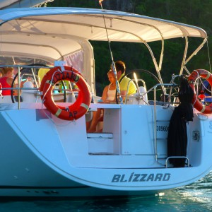 Blizzard Yacht Whitsundays