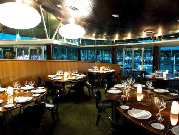 bommie restaurant serving modern australian cuisine at hamilton island