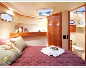 Maritimo 60 hamilton island king size bed