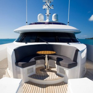 Yacht charters whitsundays fordeck