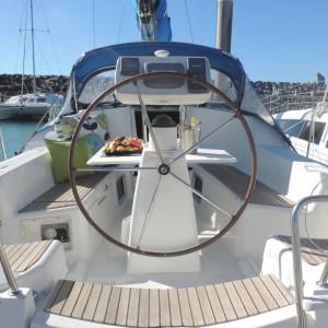 Jeanneau 36 sailing yacht jasambri cockpit