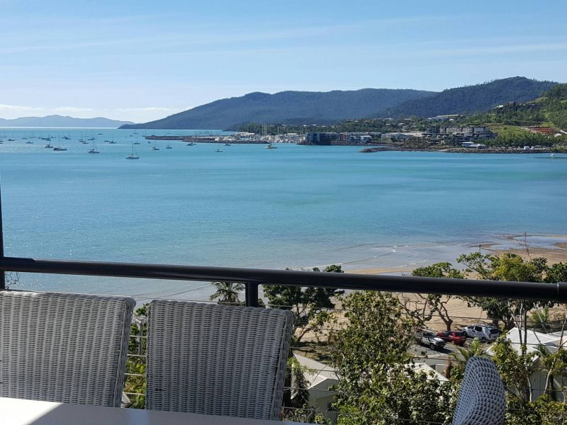 Crusoe's Beach House Airlie Beach